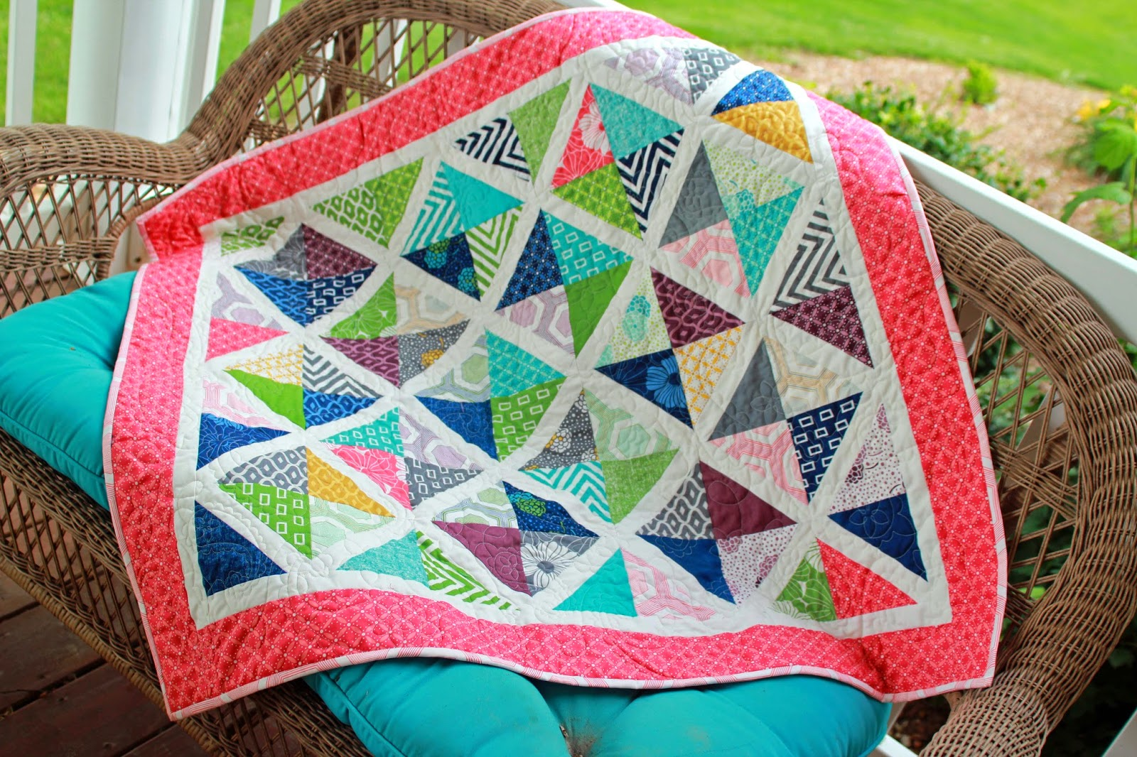 Girls In The Garden: Lattice Quilt With Simply Style Fabric