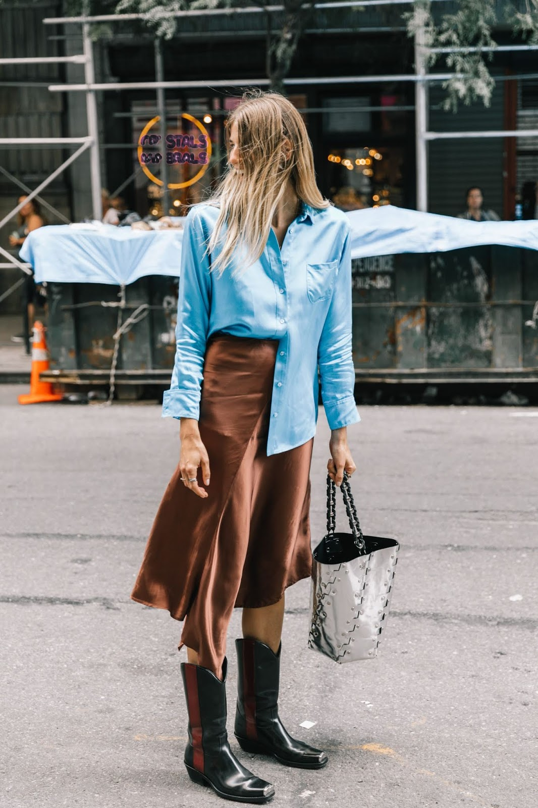 How to Wear Western Boots for Fall — Veronika Heilbrunner Street Style