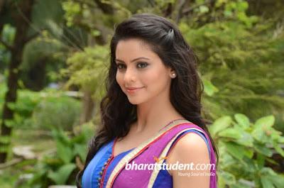 Aamna Sharif Hot And Sexy Makeup Aamna Sharif Hot And Sexy photos