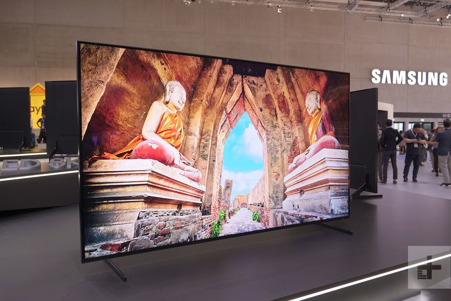 Awesome 8k TV By Samsung