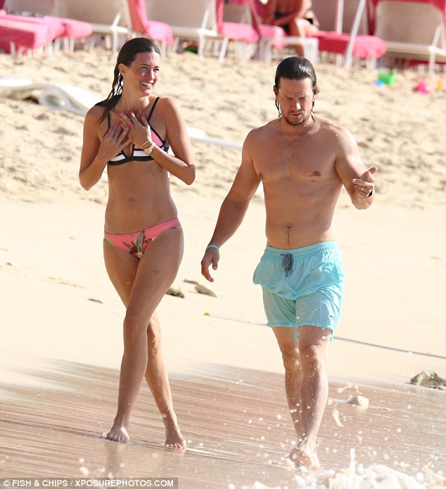 Mark Wahlberg and his ... Mark Wahlberg Wife