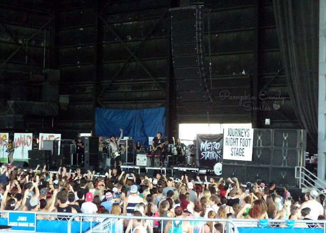 Metro Station Vans Warped Tour 2015