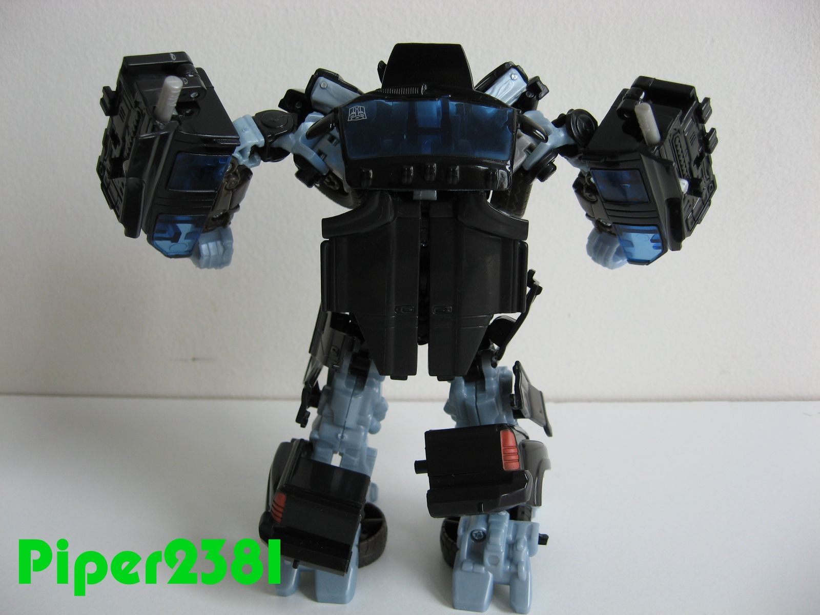 Piper2381: Transformers Ironhide