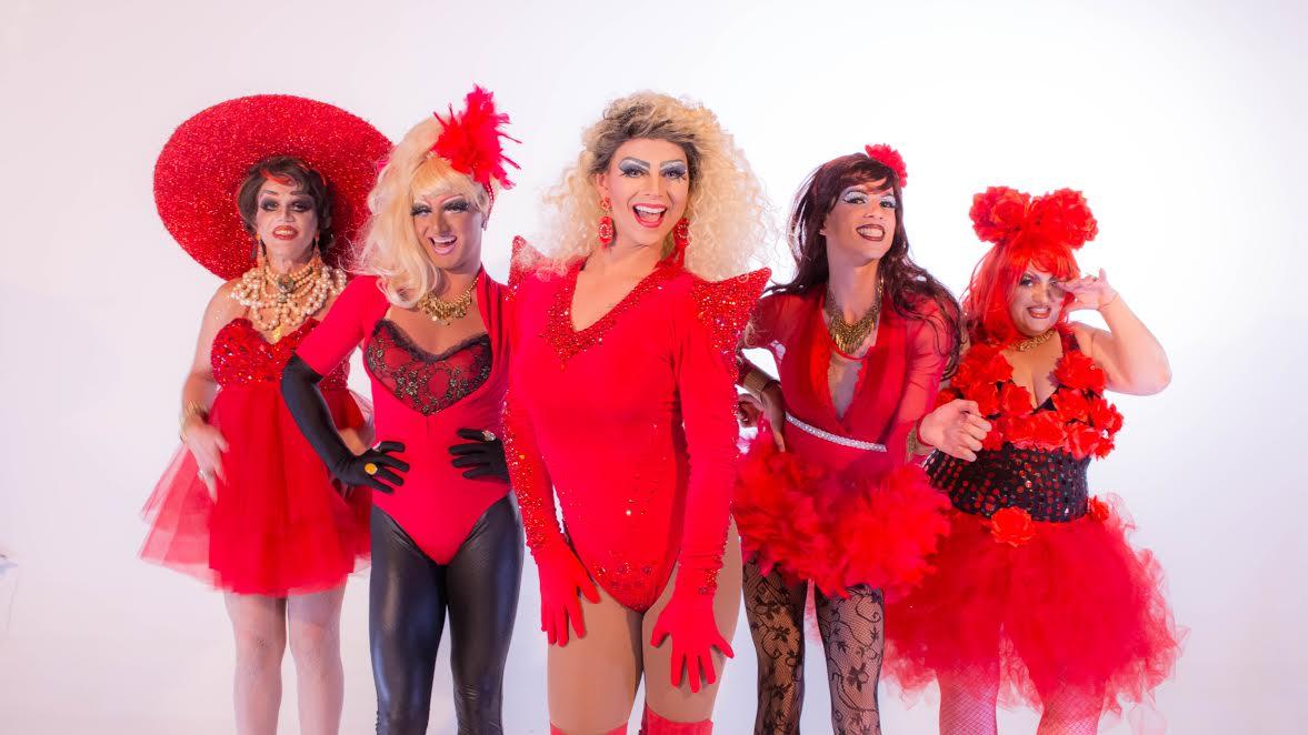 Drag Queen lança primeiro projeto a receber incentivo cultural