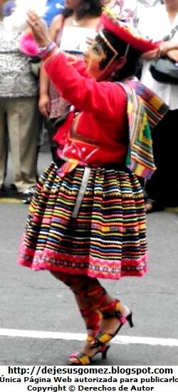 Foto de la cusqueña bailando por Jesus Gómez