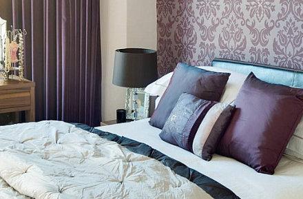 Combinar el empapelado con la pintura for Papeles para empapelar dormitorios