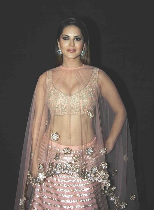 Sunny Leone Hot Navel Stills In Pink Dress