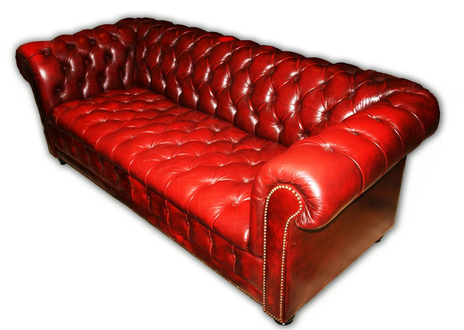 apartmentf15: chesterfield sofa