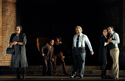 Susan Bickley, Alasdair Elliott, Gyula Orendt, Carlo Lepore, Rosa Feola, Davide Luciano - Le nozze di Figaro - Glyndebourne - photo Robbie Jack