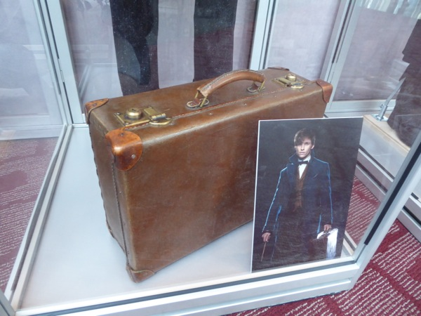 Fantastic Beasts Newt Scamander suitcase