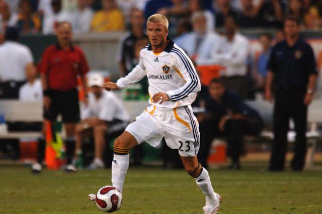 Chấn động bóng đá Mỹ 11/1: Beckham ẵm 128 triệu bảng, bỏ Real đến LA Galaxy 2