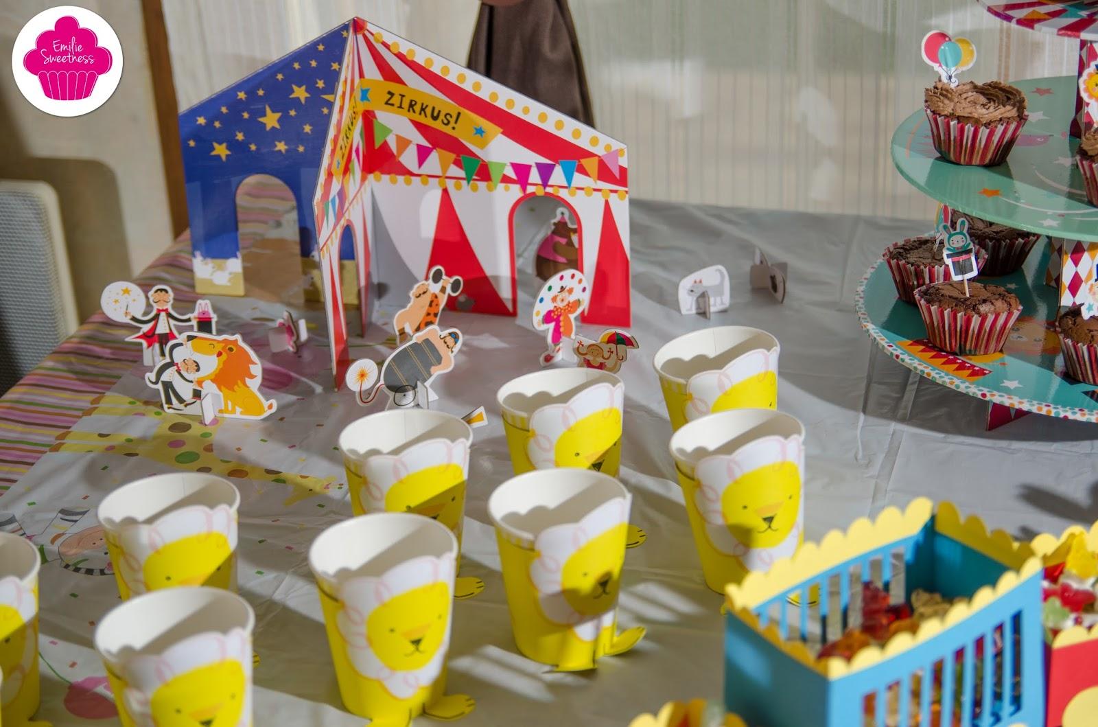 Charming Theme Anniversaire 2 Ans #9: Décoration Et Gâteau Du0027anniversaire 2 Ans - Thème Cirque Avec Les Recettes