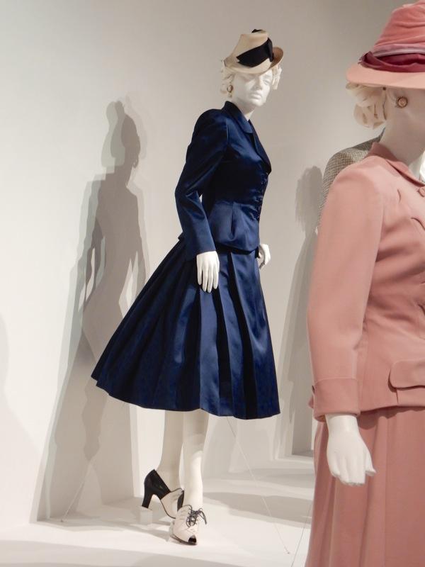 Helen Mirren Trumbo Hedda Hopper costume