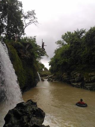 Tempat Wisata Goa Pindul dan Sungai Oya Jogja, Amankah untuk Ibu Hamil?