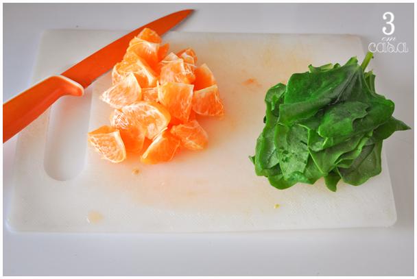como fazer salada espinafre cru