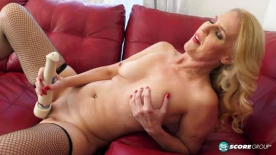 Lacy Cummings in Cum With Lacy - Porn Mega Load