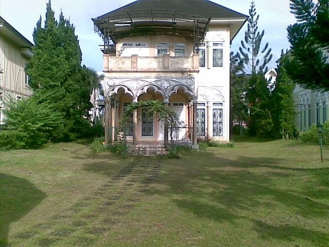 Foto(5483) jual villa 4 kamar di kota bunga puncak jual tanah di kota bunga
