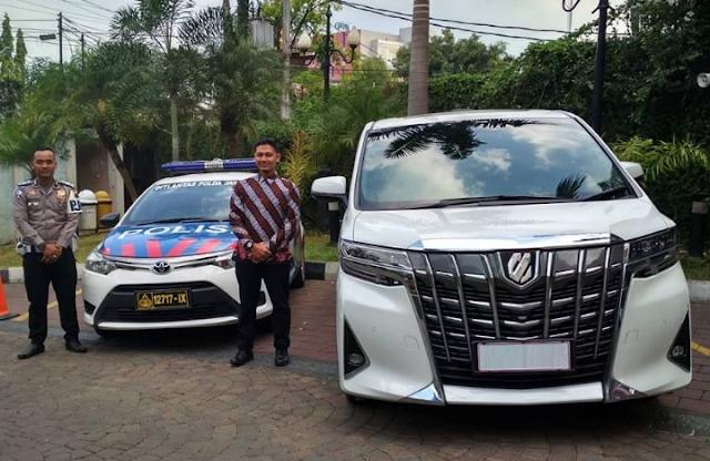 6 Rental Alphard Semarang