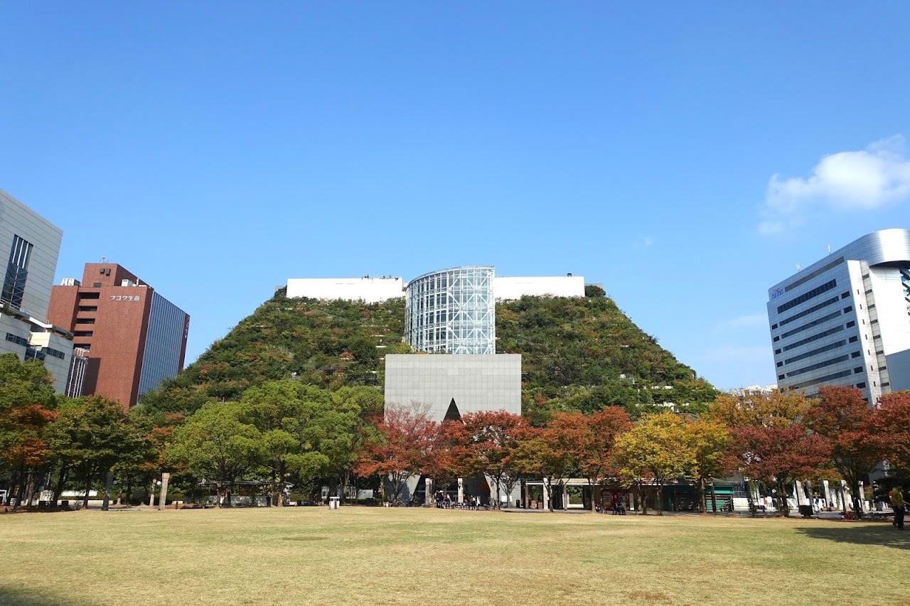 アクロス福岡(ACROS FUKUOKA)