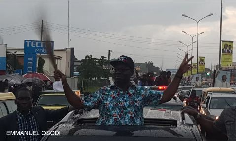 See Photos of APC's Godwin Obaseki Celebrating His Victory