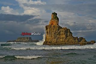 Pantai Buyutan , Rute Lokasi dan Tiket Masuk