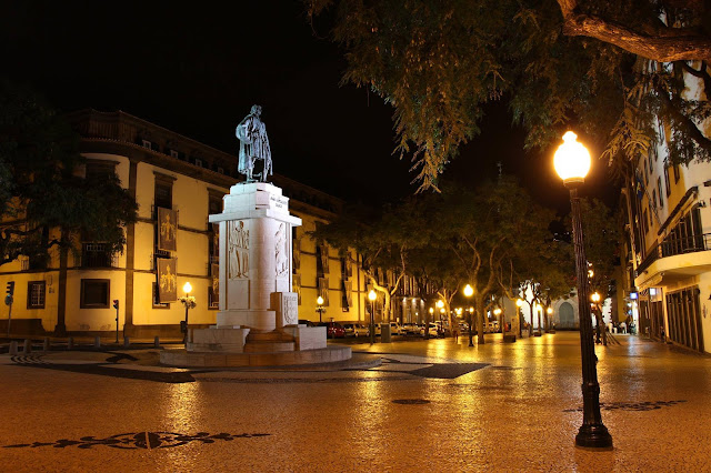 Zarco statue in Av. Arriaga