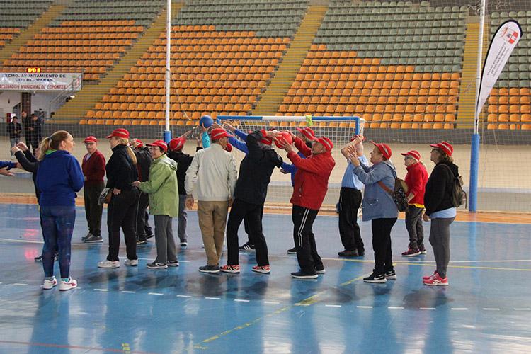 25fdcbcf12c2 La Jornada de Deporte activo para mayores congrega a 300 personas en ...