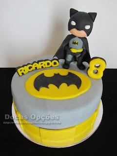 O Batman foi ao 8º aniversário do Ricardo