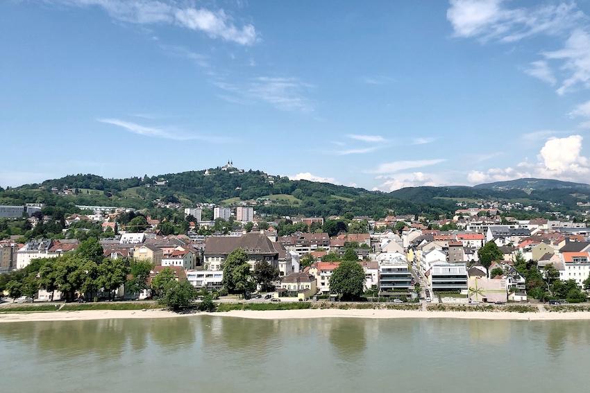 Blick Richting Donau vom Schlosscafe aus