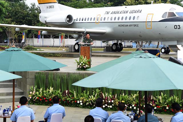Panglima TNI Resmikan Taman Halim dan Monumen Pesawat R-28