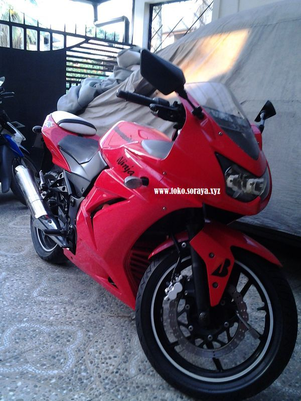 Motor Kawasaki Ninja 250 R Dijual Cepat