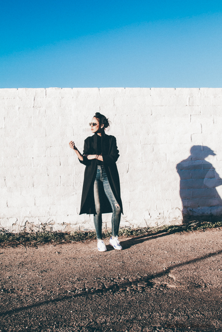 citizens of humanity jeans, cropped jeans, vintage jeans, black coat, los angeles blogger, fashion blogger, top fashion blogger