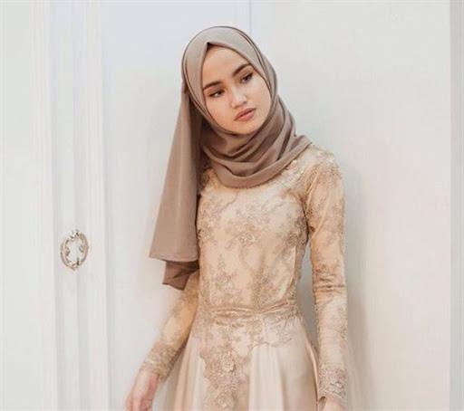 model hijab simple untuk wisuda terbaru 2017/2018