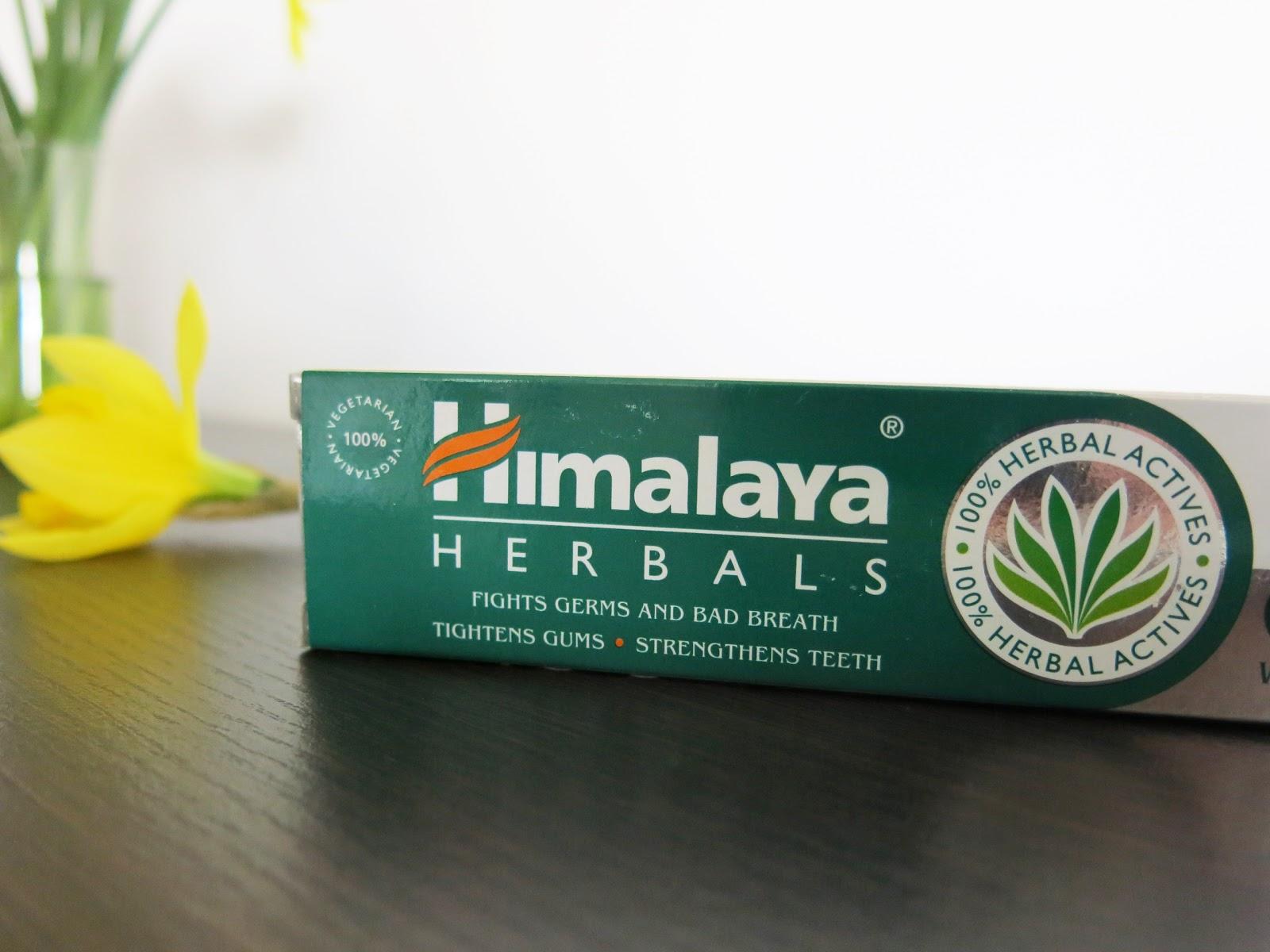 Himalaya Herbals- Ajurwedyjska pasta do zębów.