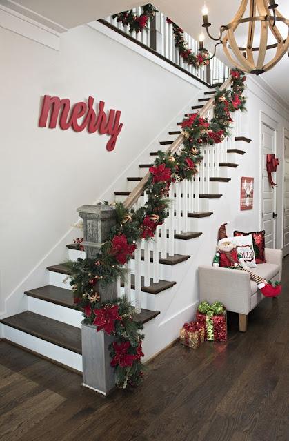 decoração de natal para corrimão de escadas