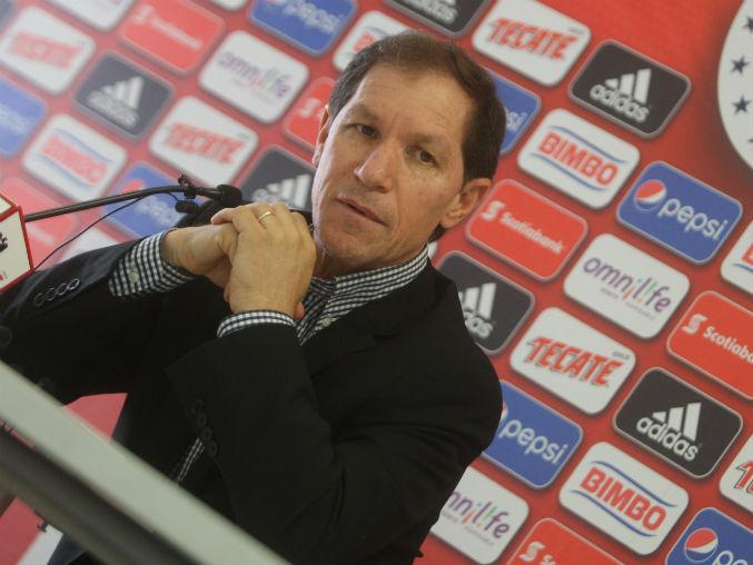 Chivas habría despedido a Jaime Ordiales como director deportivo.