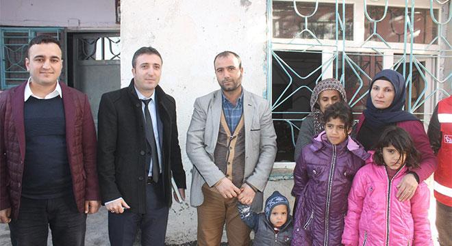 Diyarbakır Bismil'de mağdur aileye Sosyal Hizmelerden destek