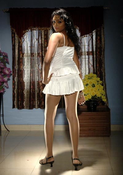 Indian Actress B Grade Actress Waheeda Anagarigam Movie Hot Scene Photos-9069