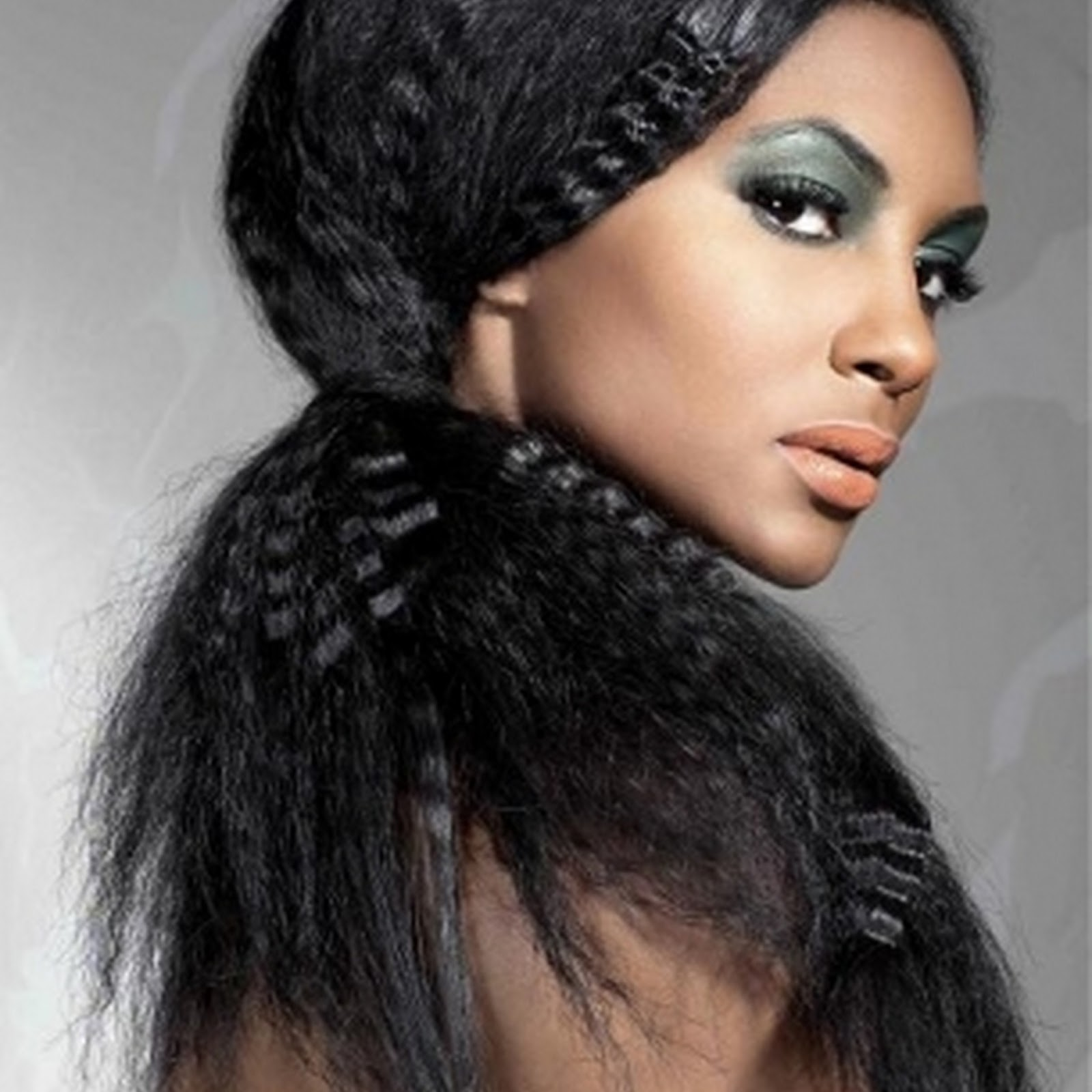Estilos protectores trenzas c mo mantener el pelo sano for Extensiones antes y despues