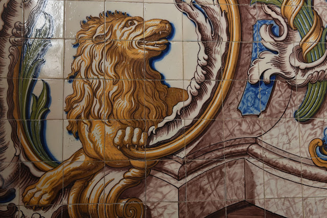 Cascais, travel, tiles,animals, lion, animal art