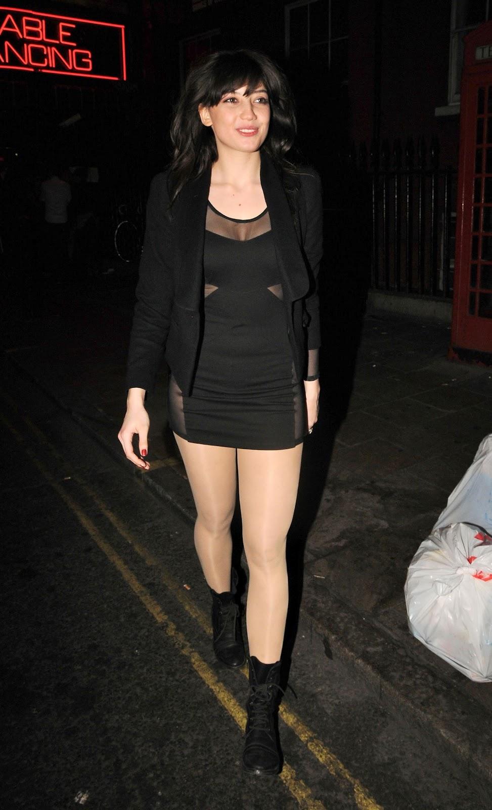 Multi Hose: Daisy Lowe