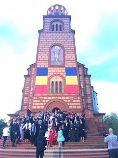 """Cununia Tinerilor Paula si Vlad, Biserica """"Sfantul Apostol Andrei"""" Oradea, Bihor"""