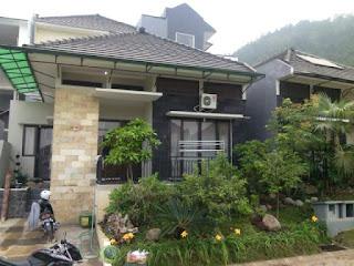 Villa Pinus Kota Batu | Villa Batu Softa C