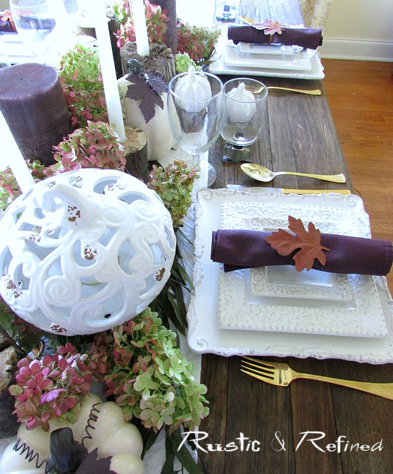 Entertaining guests with a pretty tablescape