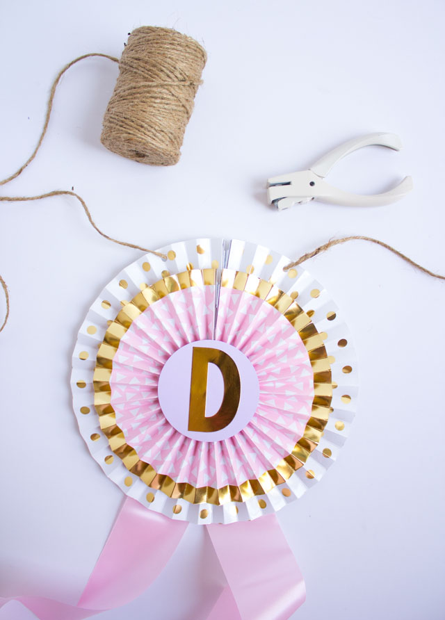 How to make a DIY giant ribbon banner with party fans