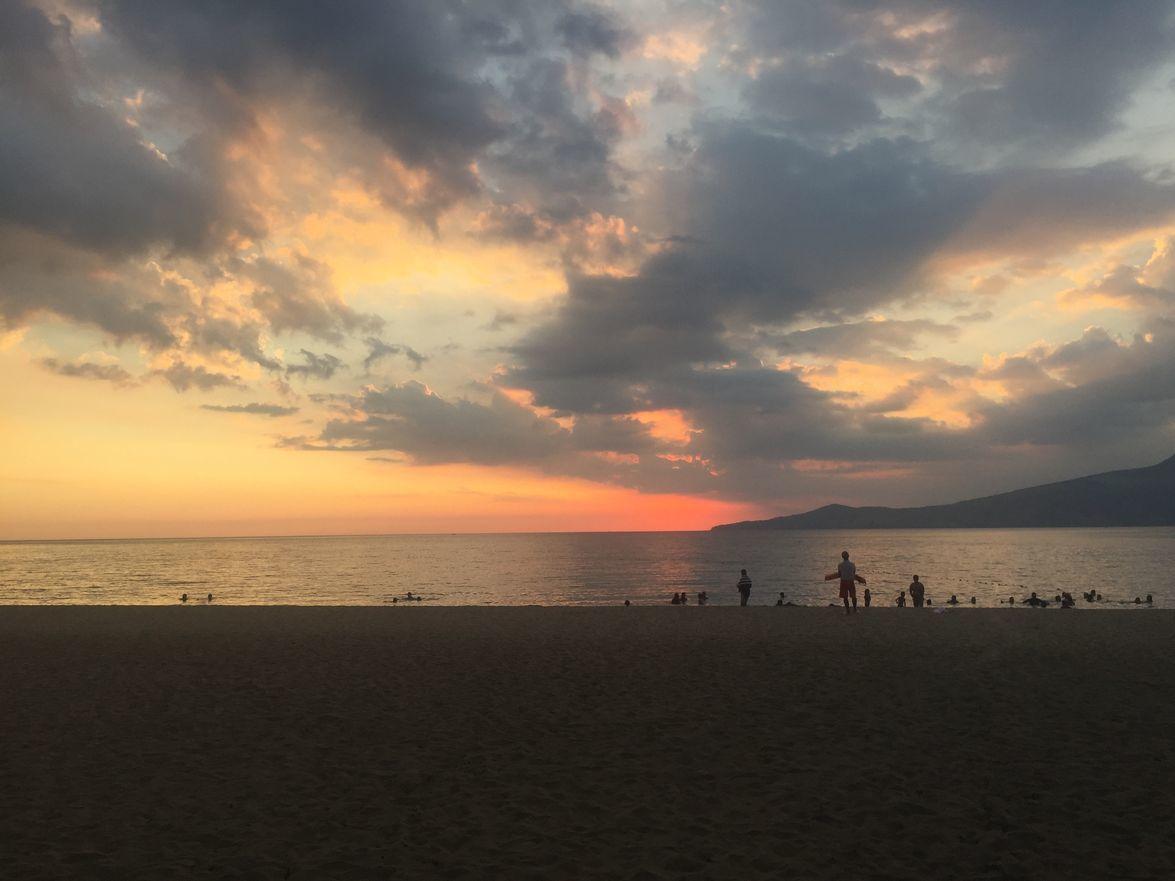 Sunset over the beach at Anvaya Cove