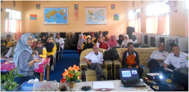 Sampoerna Foundation Adakan Pelatihan Manajemen untuk SMPN 1 Model Babat Toman