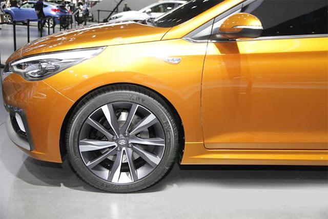 Next-Gen 2017 Hyundai Verna front wheel