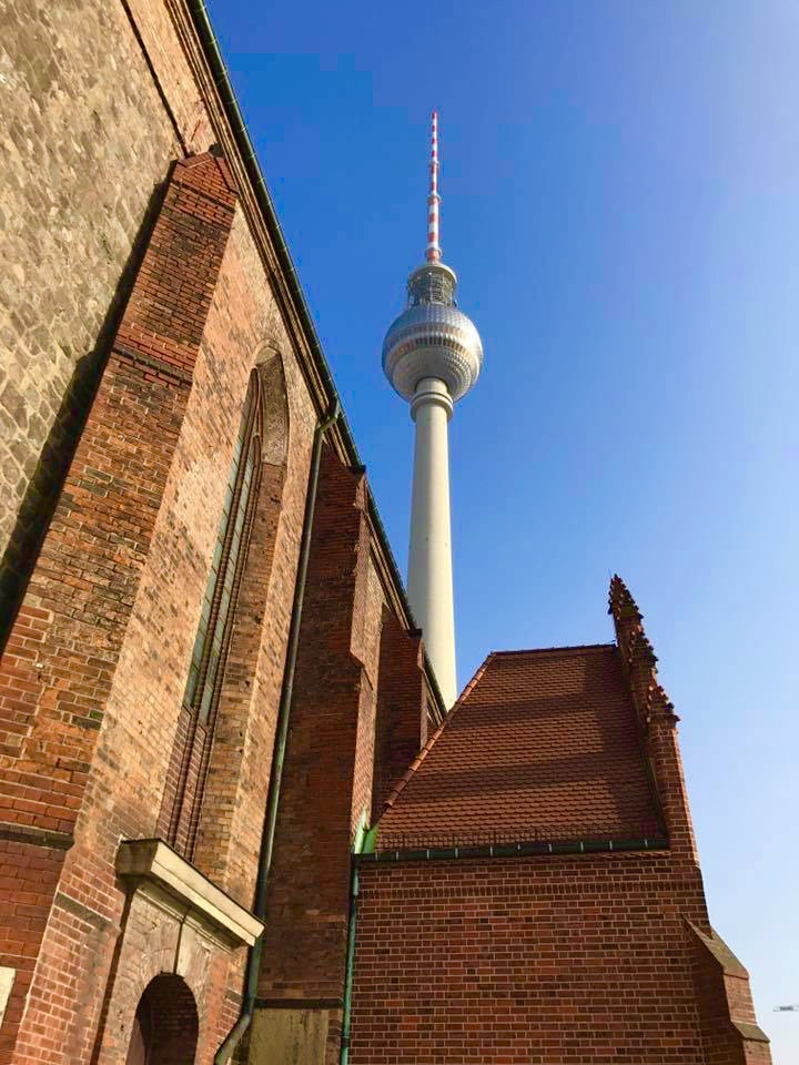 11 things you absolutely have to see if you are in berlin, 11 things to do in berlin, things to do in berlin, must see in berlin, must see Germany, fashion need, Valentina Rago, travel blog berlin, travel blog Germany, kebab berlin, reichstag