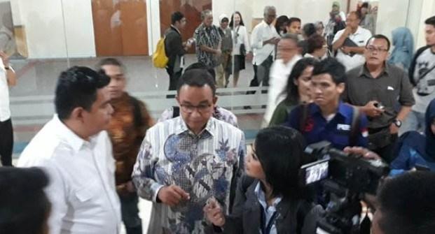 Anies Rapat Perdana di DPRD, Semua Fraksi Hadir Kecuali PDIP, Gagal Move On?
